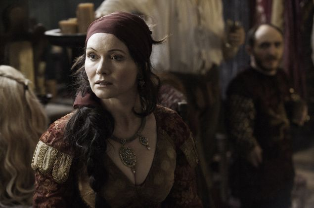 Essie Davis as Lady Crane.