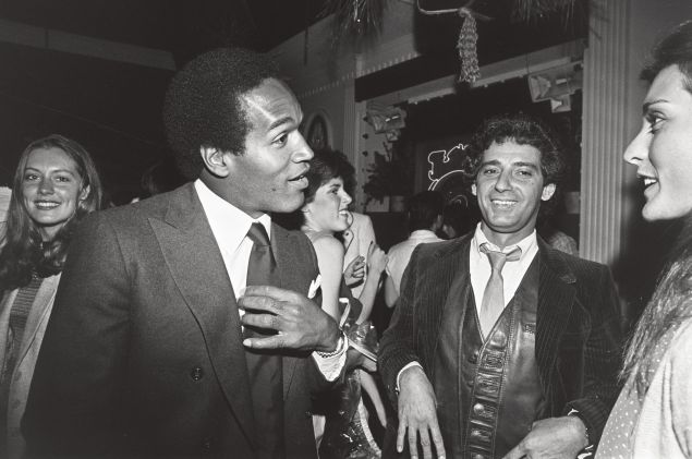 O.J. Simpson in Mulligan's Nightclub with his friend and restaurateur Michael R. Militello.