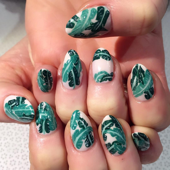 Tropical nail art.