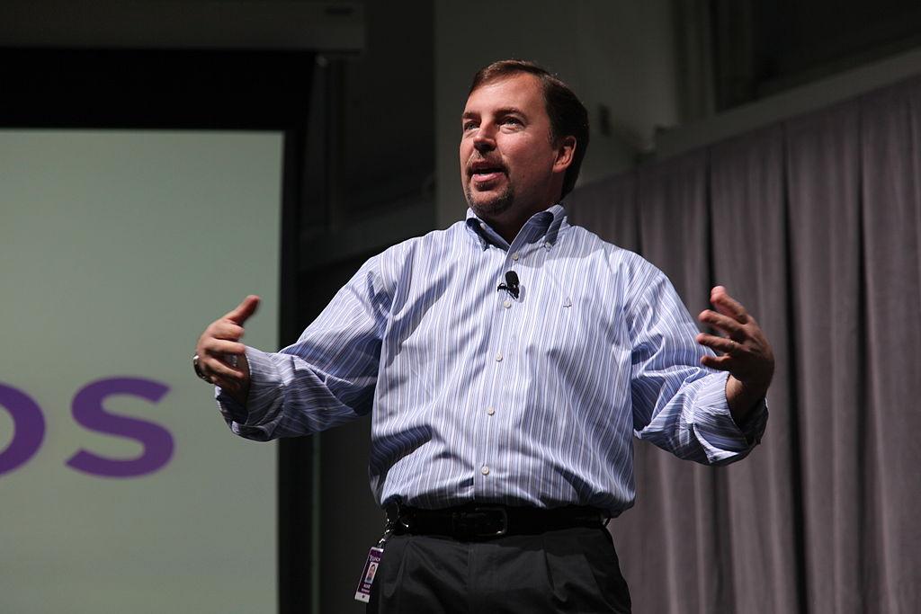 CEO Scott Thompson addresses Yahoo's at Sunnyvale HQ.