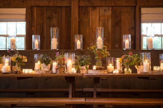 Guests gathered at beautifully set picnic tables.