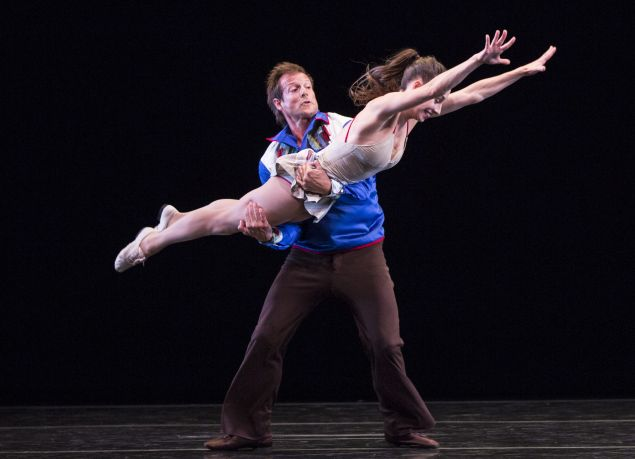 """John Selya and Amy Ruggiero in """"Country Dances"""" by Twyla Tharp."""