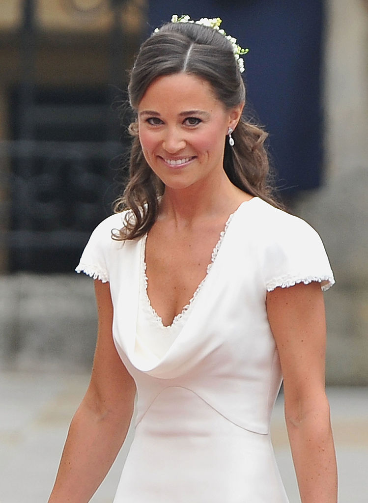 Pippa Middleton quietly upstaging her sister.
