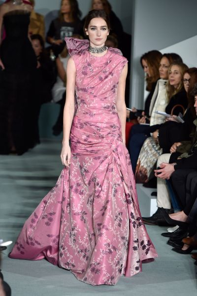A look from Copping's Fall 2016 collection for Oscar de la Renta