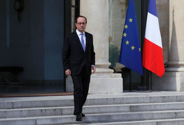 "French President Francois Hollande leaves the Elysee Palace following a meeting with security officials on July 15, 2016 in Paris, a day after a gunman smashed a truck into a crowd of revellers celebrating Bastille Day in the city of Nice. An attack in Nice where a man rammed a truck into a crowd of people left 84 dead and another 18 in a ""critical condition"", interior ministry spokesman Pierre-Henry Brandet said on July 15. An unidentified gunman barrelled the truck two kilometres (1.3 miles) through a crowd that had been enjoying a fireworks display for France's national day before being shot dead by police. / AFP / Thomas SAMSON"