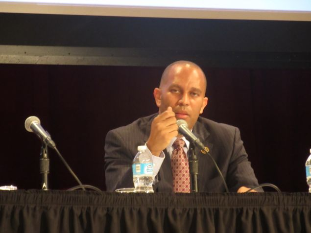 Brooklyn Rep. Hakeem Jeffries assesses Mayor Bill de Blasio's affordable housing plan.