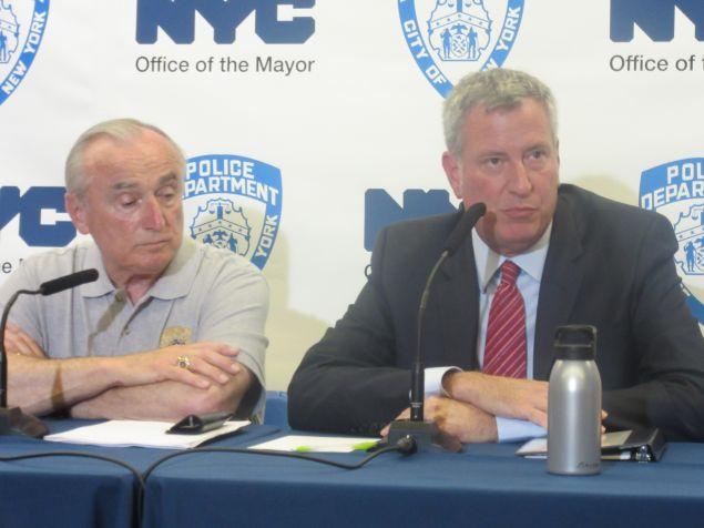 Mayor Bill de Blasio, right, along with Police Commissioner Bill Bratton, at the 84th Precinct in Brooklyn.