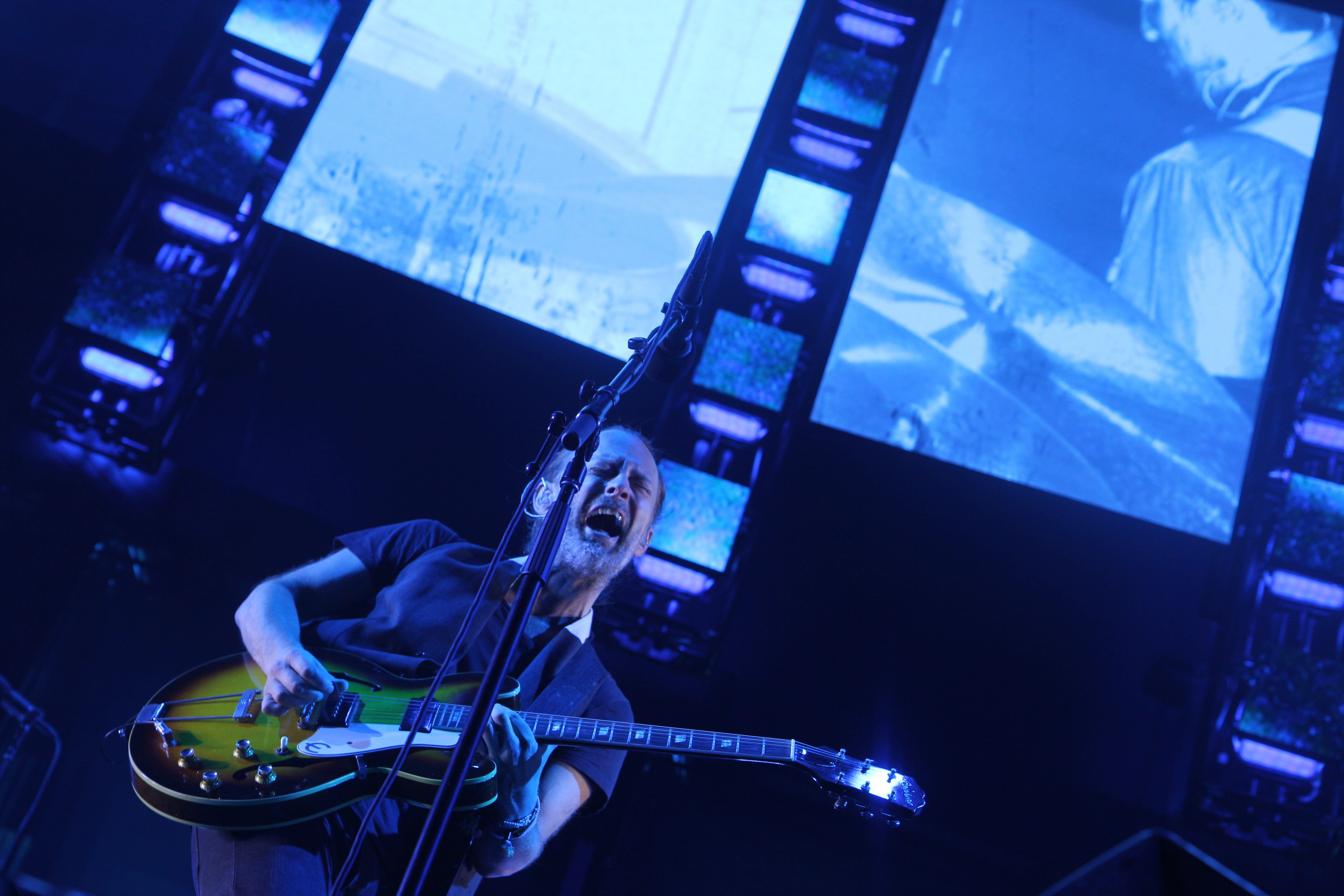 Thom Yorke of Radiohead , Madison Square Garden, 07/26/16