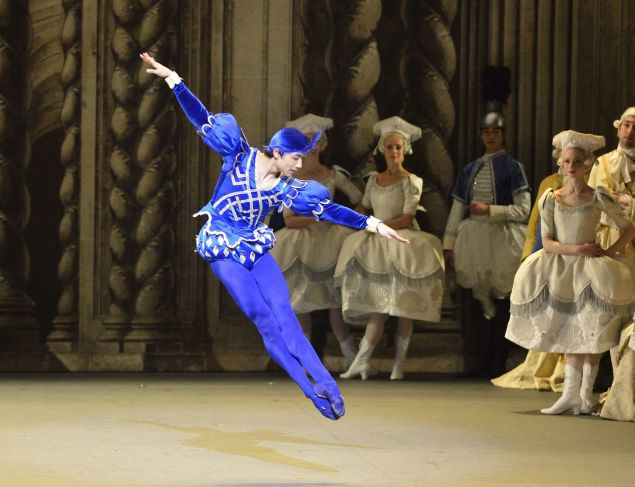Zhiyao Zhang as the Bluebird.