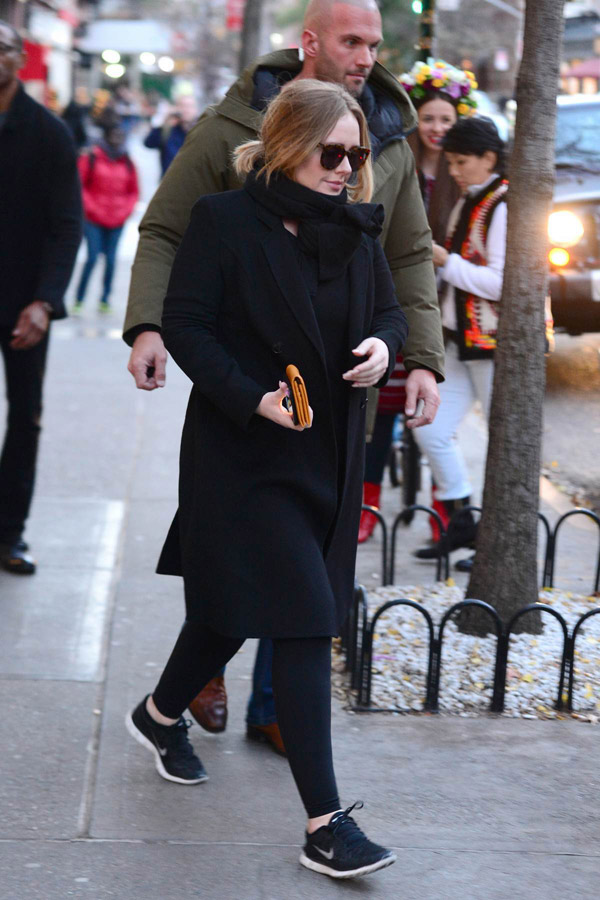 Adele leaving What Goes Around Comes Around Soho