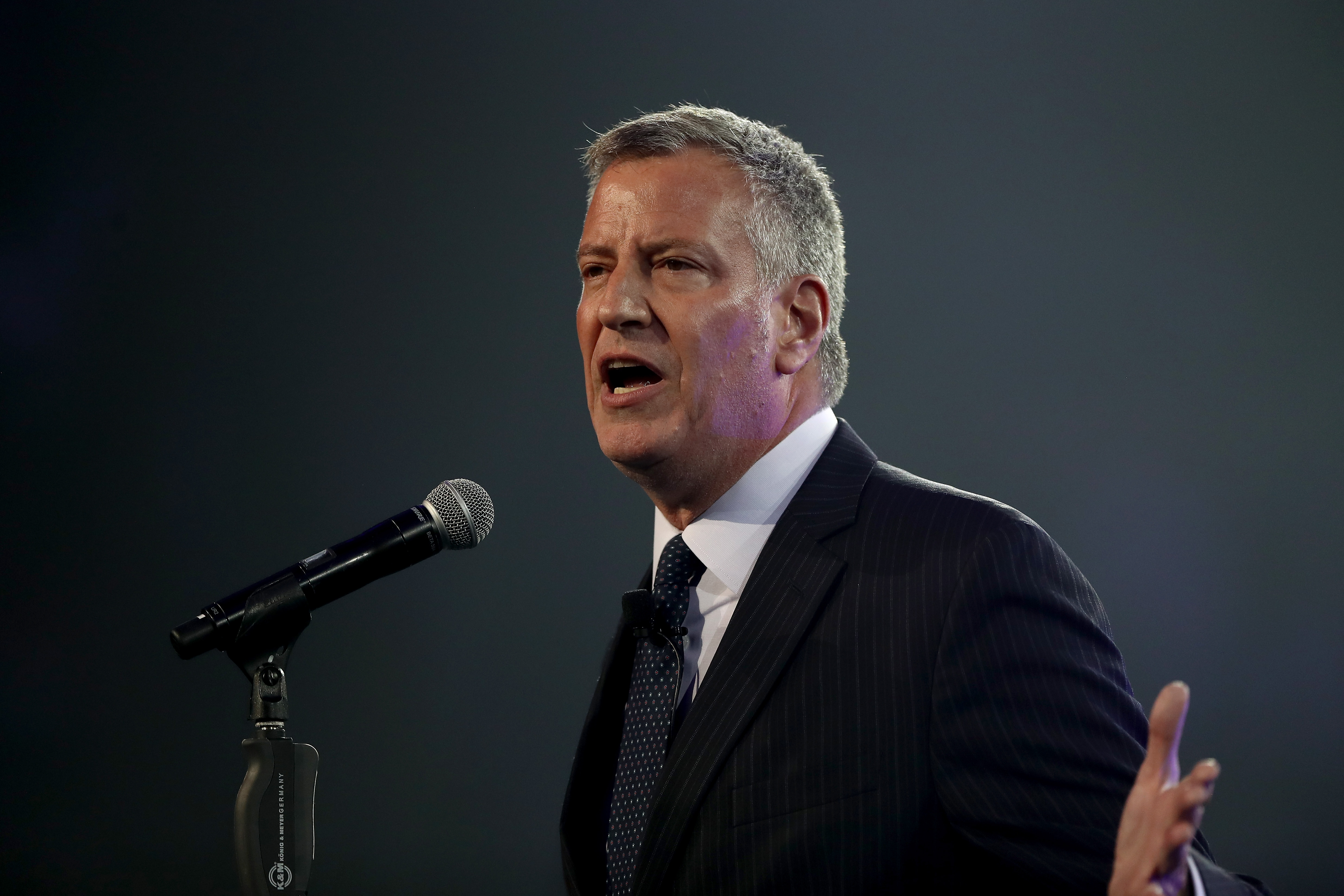 Bill de Blasio says he's not talking to lobbyists anymore.