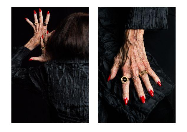 Dark glamour, à la Karen Walker