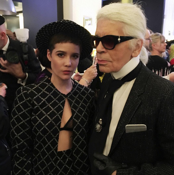 iamhalseyThe most inspiring moment of my life to date. I cannot credit my drive to pursue the exploration of my androgyny to any other human being. The juxtaposition of the ultra feminine and the andro. A legend. Sorry I'll keep going....... @chanelofficial @karllagerfeld #frontrowonly