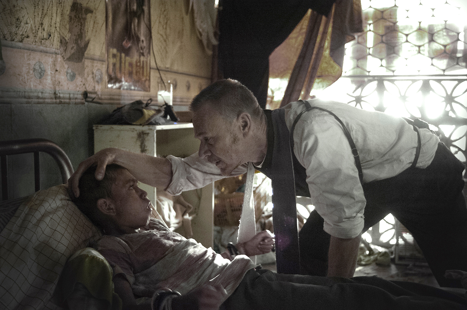 Guest star Isaac Linares and Ben Daniels in The Exorcist.