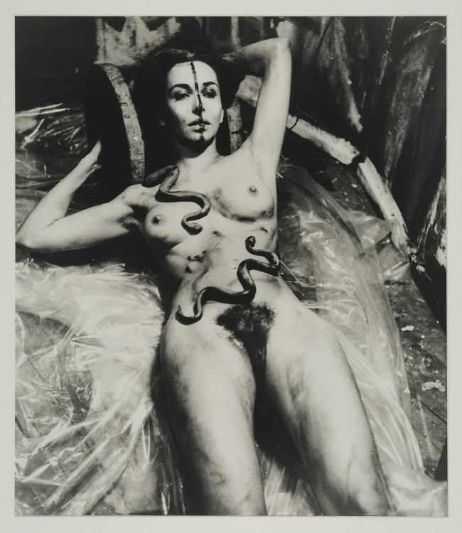 Carolee Schneemann, Eye Body (From 36 Transformative Actions for Camera), 1963/1985.