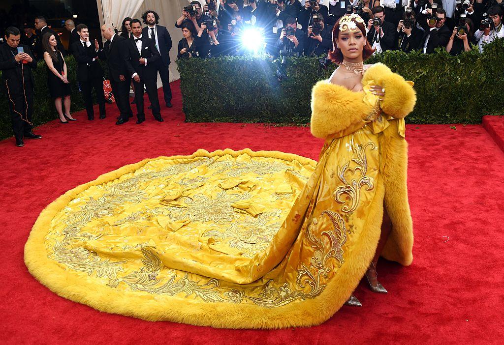 Rihanna arrives at the 2015 Metropolitan Museum of Art's Costume Institute Gala.