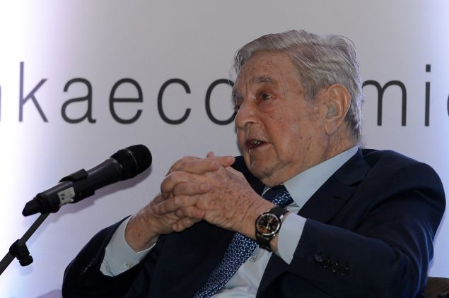 Hungarian-born US magnate and philanthropist George Soros attends an economic forum in Colombo on January 7, 2016. Sri Lankas new government is trying to woo investors after a year in office.