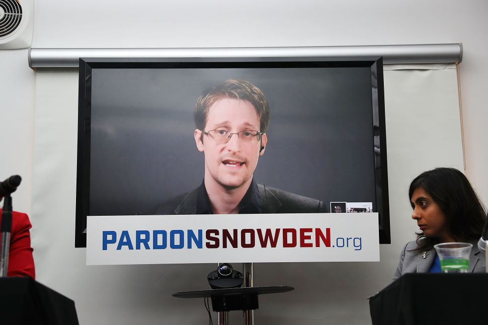 NEW YORK, NY - SEPTEMBER 14: Edward Snowden speaks via video link at a news conference for the launch of a campaign calling for President Obama to pardon him on September 14, 2016 in New York City. The campaign, which includes representatives from the American Civil Liberties Union, Human Rights Watch, Amnesty International and ACLU attorney Ben Wizner, looks to have the whistle blower pardoned from under the Espionage Act.