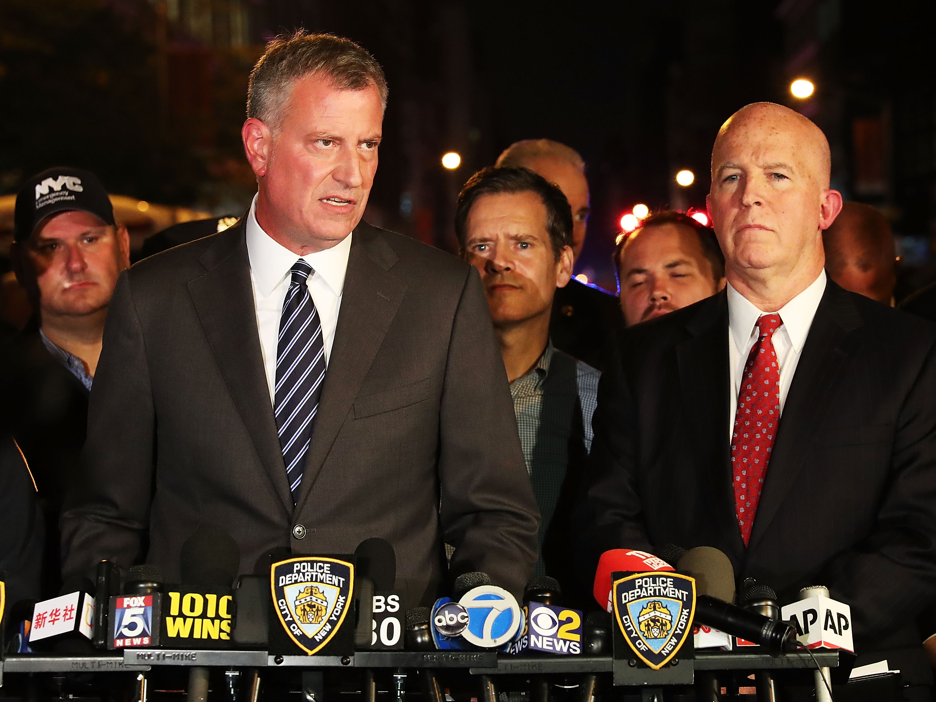 Mayor Bill de Blasio and Police Commissioner James O'Neill last night.