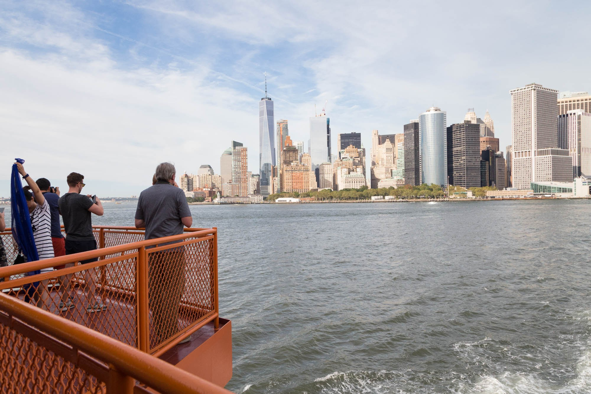 The view from the back of the boat as it heads to Staten Island (or the front as it heads to Manhattan).