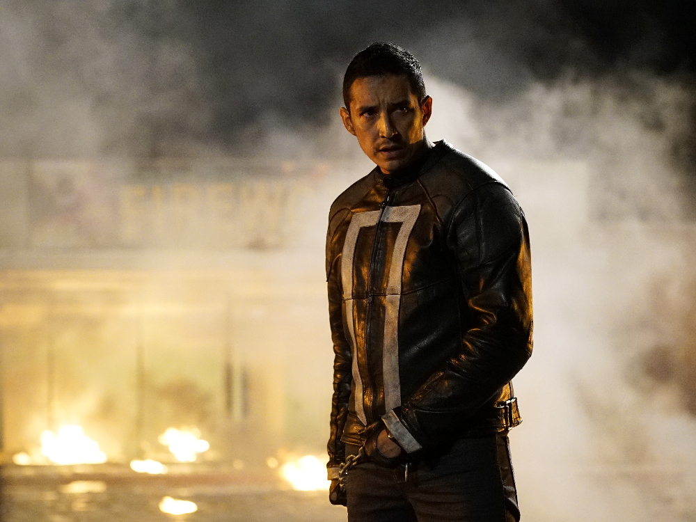 Gabriel Luna as Robbie Reyes.