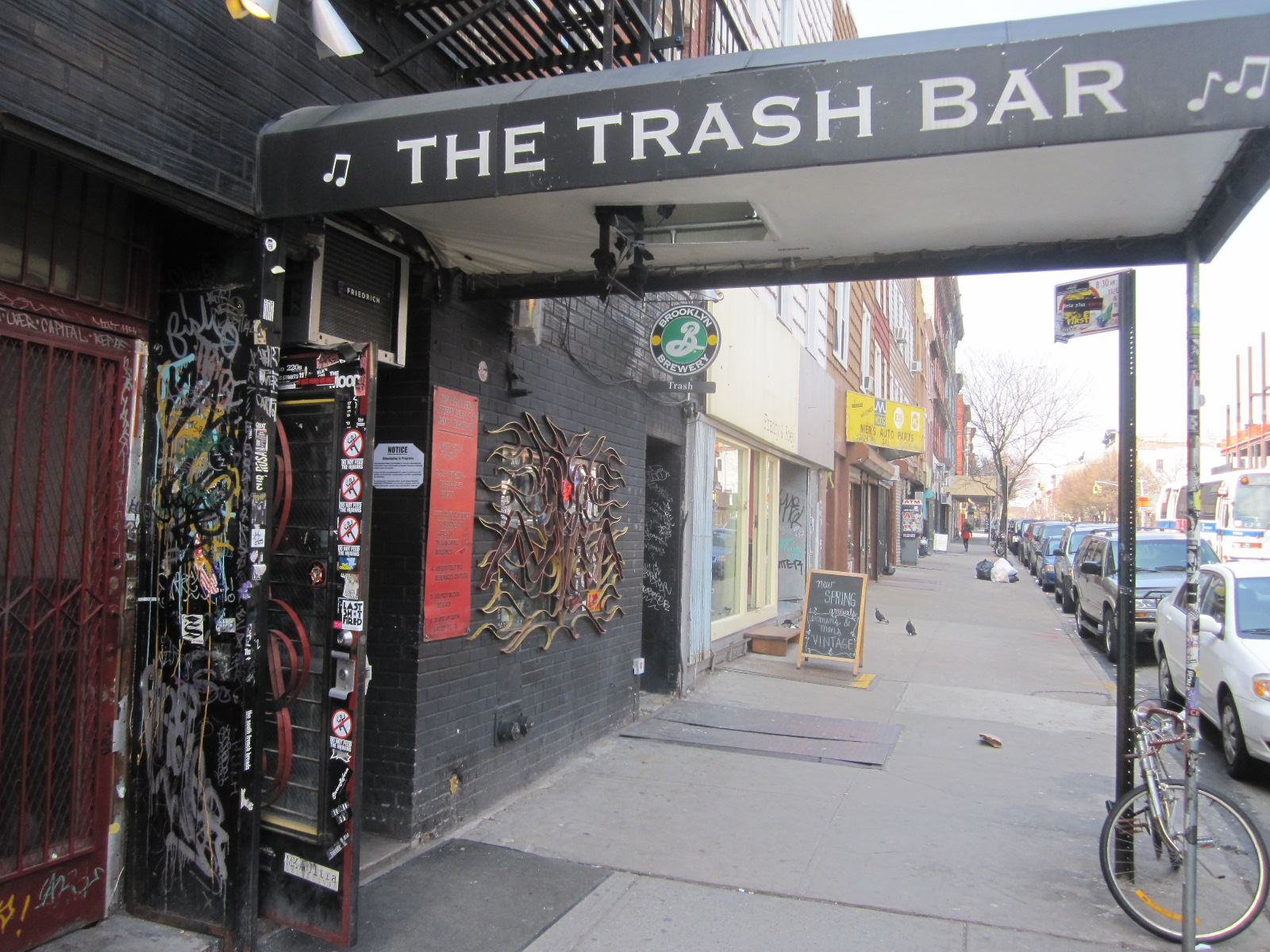 The Trash Bar is becoming a boutique workout gym.