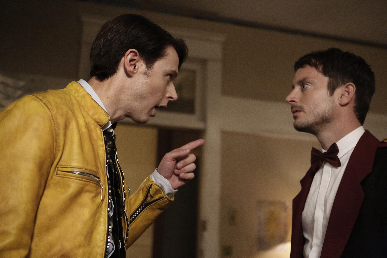Samuel Barnett and Elijah Wood in Dirk Gently's Holistic Detective Agency.