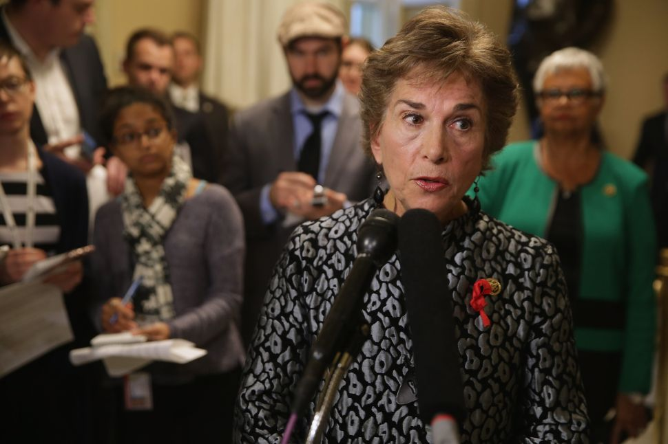 WASHINGTON, DC - DECEMBER 01: Commerce Committee's new Select Investigative Panel on Planned Parenthood raking member Rep. Jan Schakowsky (D-IL) talks to reporters during a news conference in the U.S. Capitol December 1, 2015 in Washington, DC. Schakowsky and fellow Democrats were critical of the panel on Planned Parenthood and abortion, which they have dubbed the 'Select Committee to Attack Women's Health.'