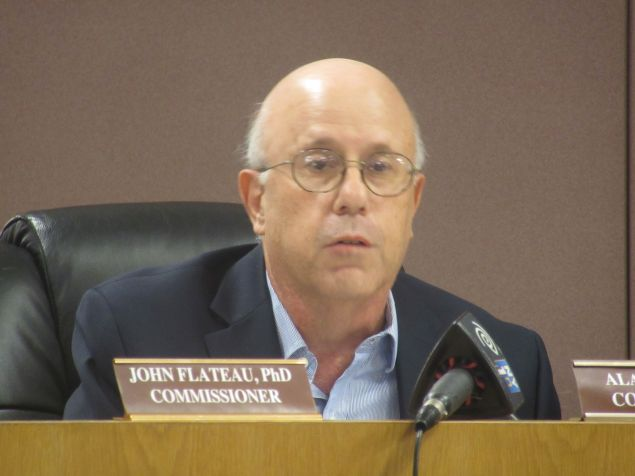 Manhattan Board of Elections Commissioner Alan Schulkin speaks at a city Board of Elections meeting today.