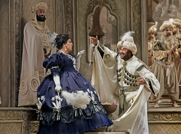 East meets West: Marianna Pizzolato and Ildar Abdrazakov in 'Litaliana in Algeri'