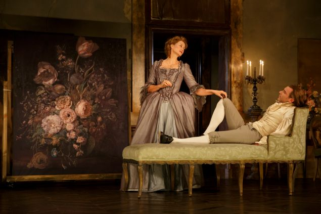 Janet McTeer and and Liev Scheiber in Les Liaison Dangereuses.