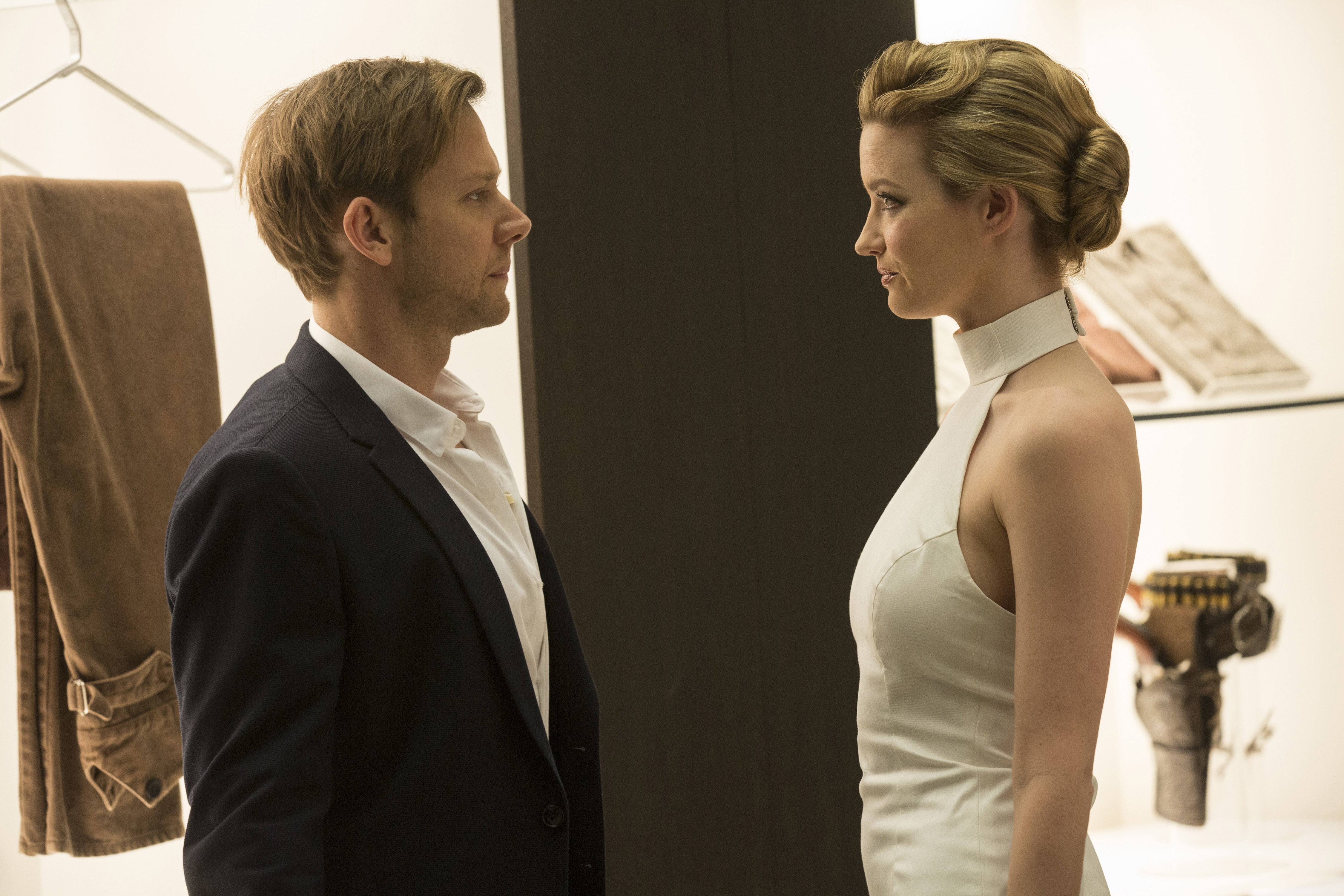 Jimmi Simpson, Talulah Riley in Westworld.