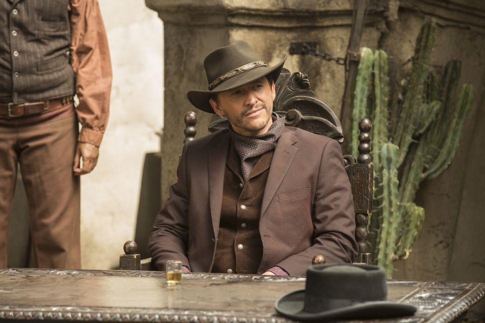 Clifton Collins Jr. as El Lazo.