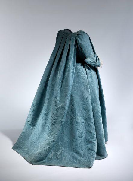 A French dress, circa 1730.
