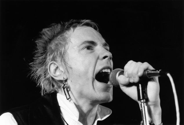 8th December 1976: Johnny Rotten (John Lydon), British singer with punk group The Sex Pistols.