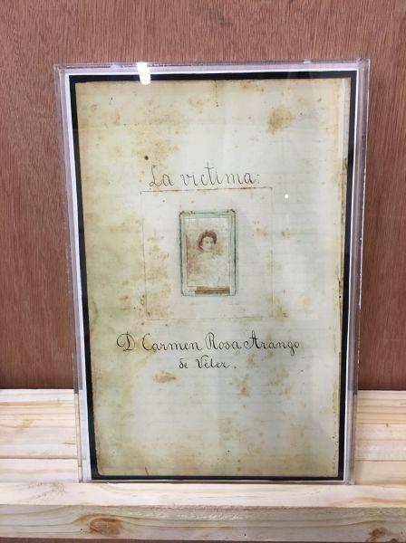 A framed document from Del homicidio como dibujo.