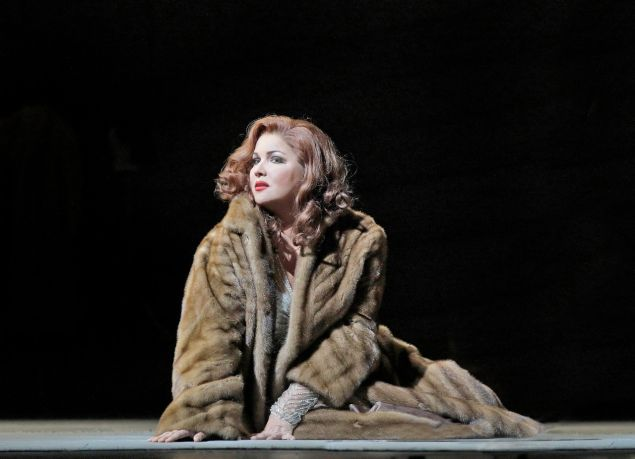 Anna Netrebko as Manon