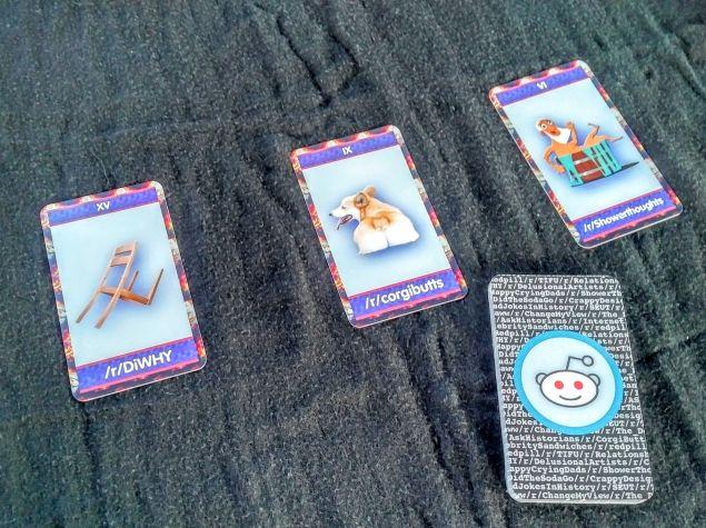 Reddit Tarot Cards by Paula Ceballos.