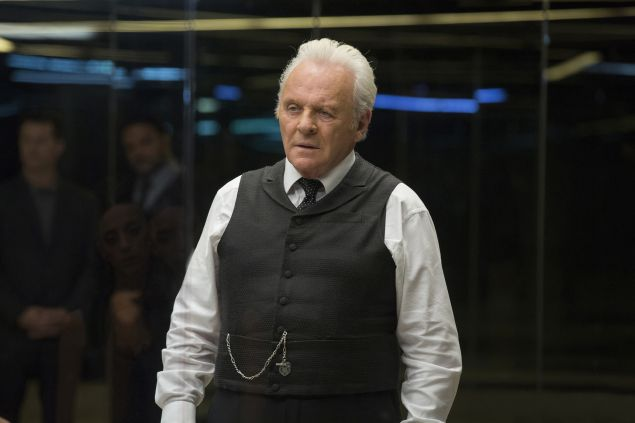 Anthony Hopkins as Robert Ford.