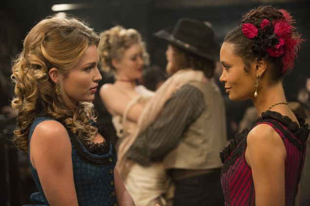 Lili Simmons as Clementine and Thandie Newton as Maeve.