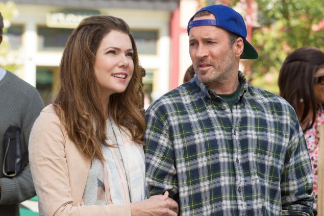 Lauren Graham as Lorelai Gilmore and Scott Patterson as Luke Danes.