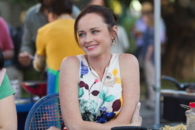 Alexis Bledel as Rory Gilmore.