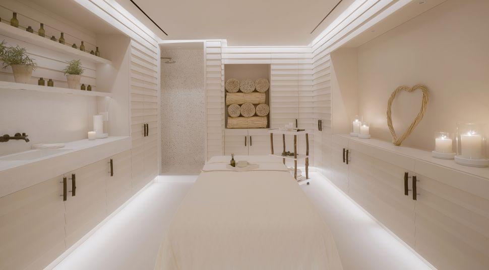 1 treatment room at the 1 Hotel South Beach's Bamford Haybarn Spa