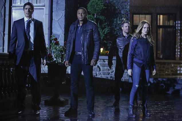 (L-R): Brandon Routh as Ray Palmer, David Ramsey as John Diggle, Stephen Amell as Oliver Queen, and Caity Lotz as Sara Lance.