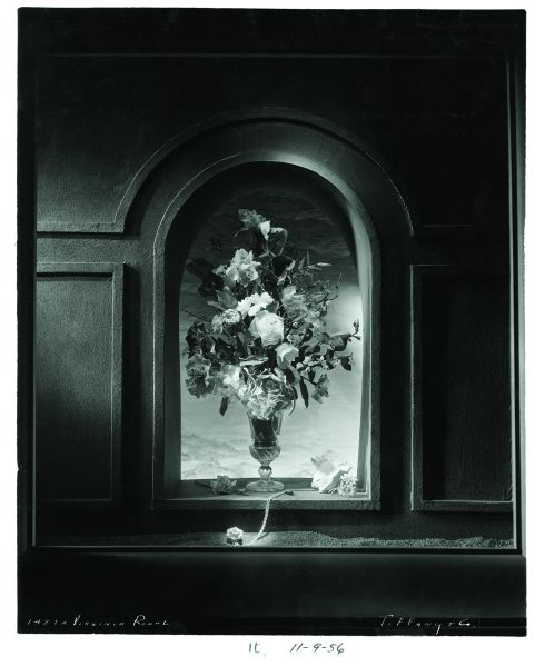 A display featuring a bouquet of real flowers by Robert Rauschenberg and Jasper Johns for Tiffany & Co.