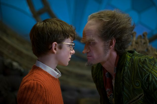 Louis Hynes as  Klaus Baudelaire and Neil Patrick Harris as Count Olaf in A Series of Unfortunate Events.