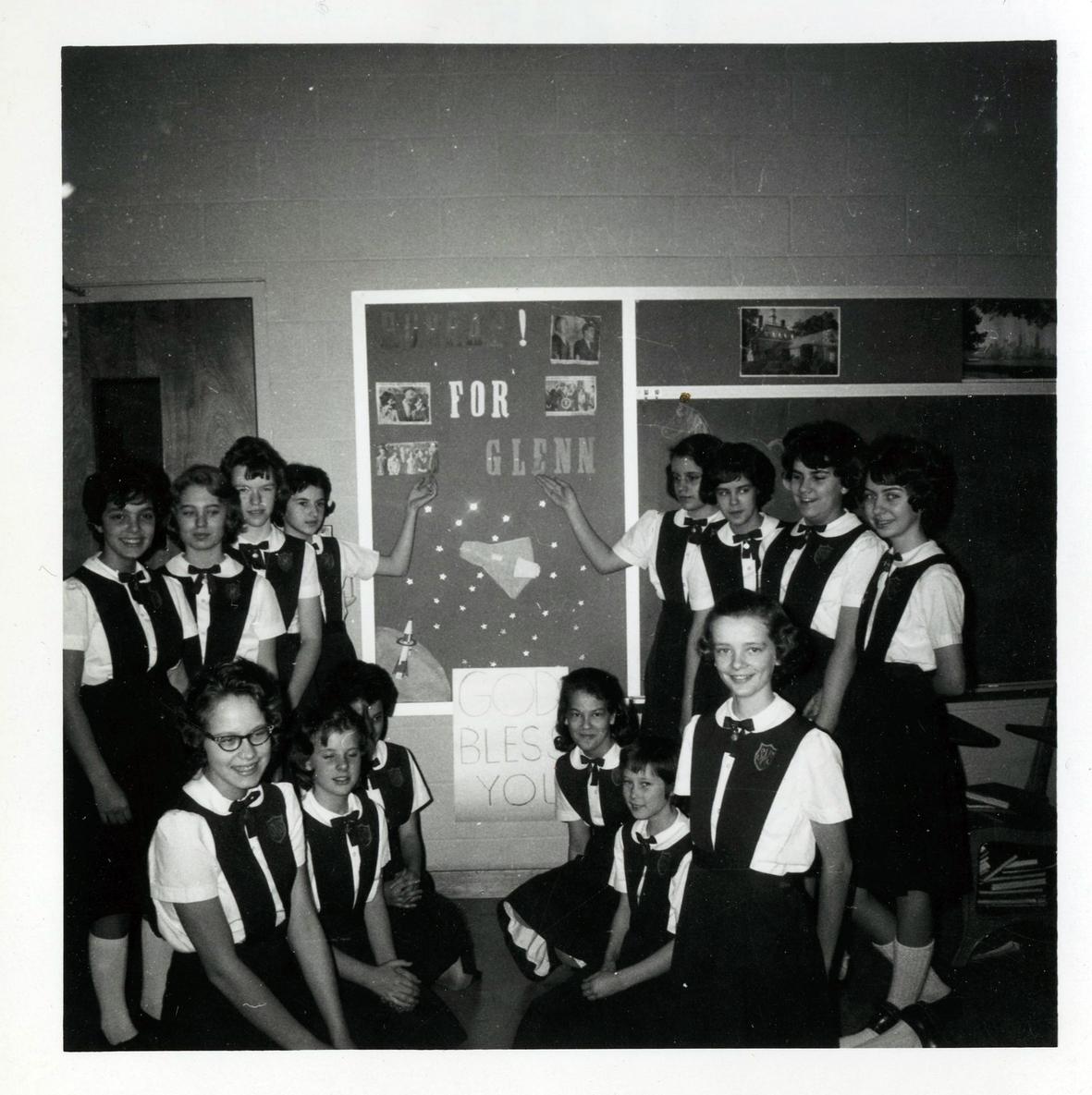 Schoolgirls in New York, 1962.