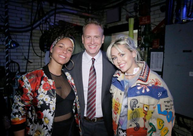 Alicia Keys, Robert Greenblatt and Miley Cyrus.