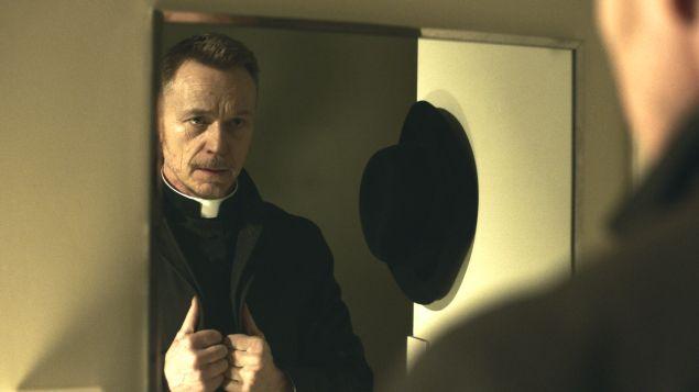 Ben Daniels in The Exorcist.