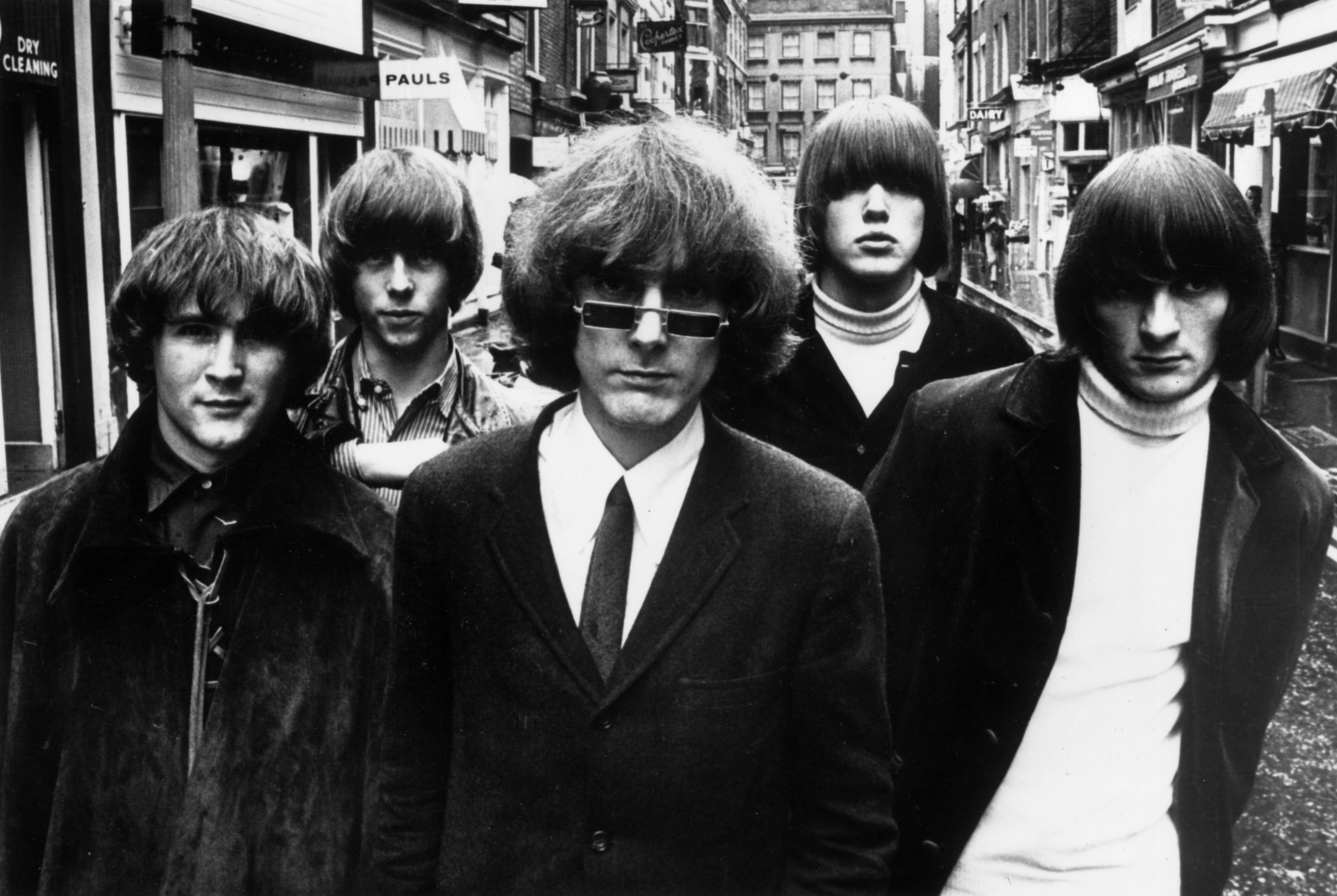 Innovative Californian folk-pop-rock combo The Byrds in London for their British tour. They are (left to right) David Crosby, Chris Hillman, Jim McGuinn, Michael Clarke and Gene Clark.